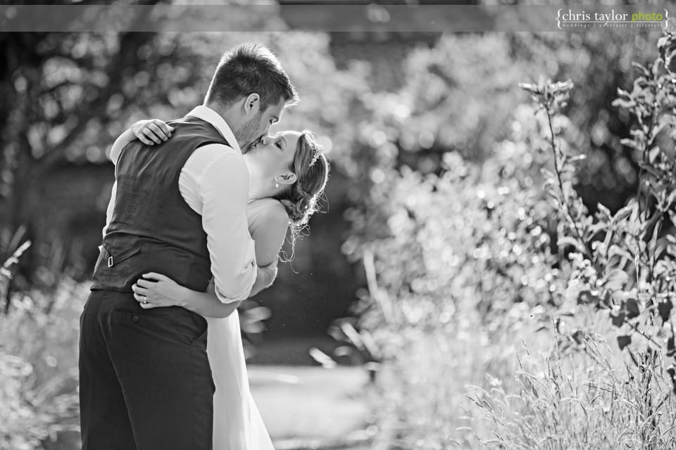 Glemham-Hall-Wedding-Photos-033