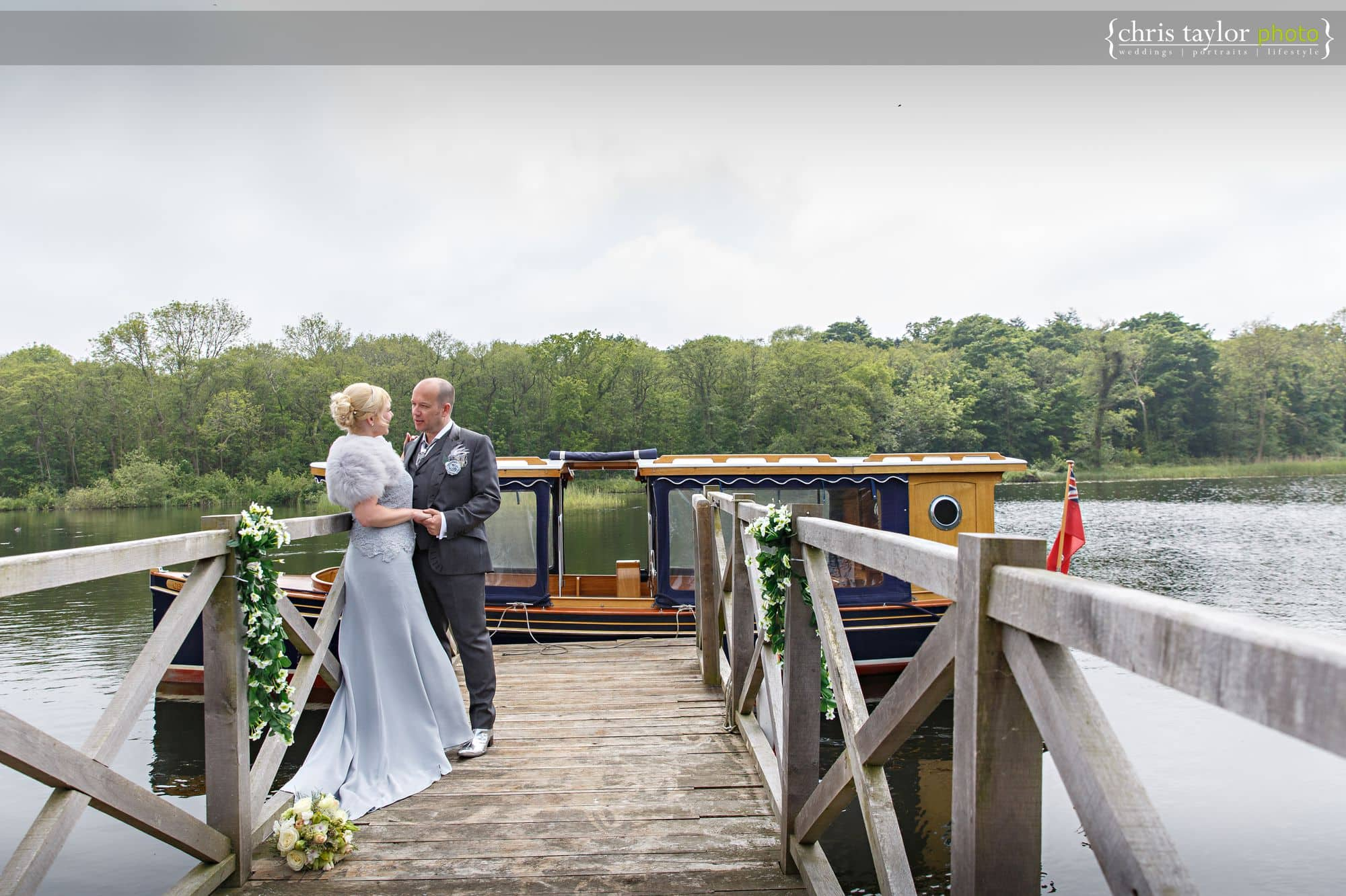 the-boathouse-ormesby-wedding-photography-023